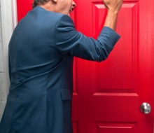 Zabouchnuté klíče ve dveřích